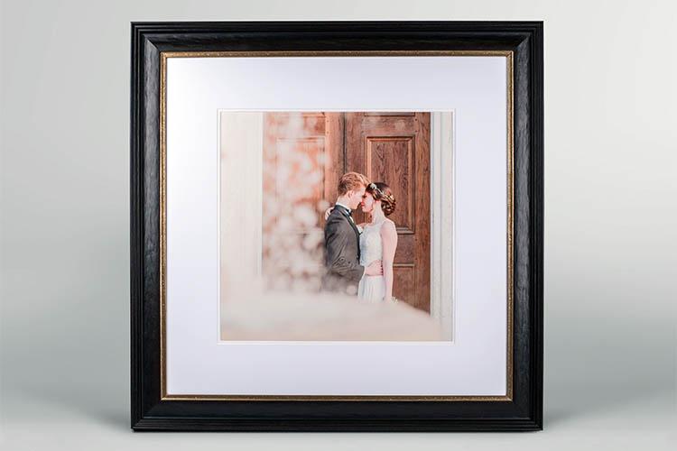 Elegant Photo Frame (Wooden) - Gallery